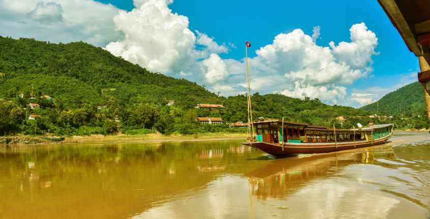 Cruise down on the Mekong river